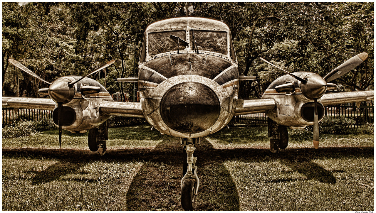 Photograph Old Plane - Bandeirante Embraer by Pedro Turrini on 500px