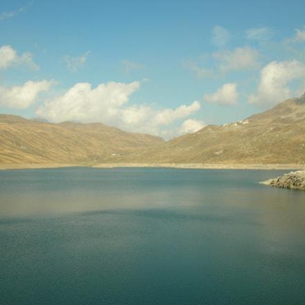 mountain lake, Nikon E4100