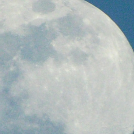 Moon On Zoom, Fujifilm FinePix S4530