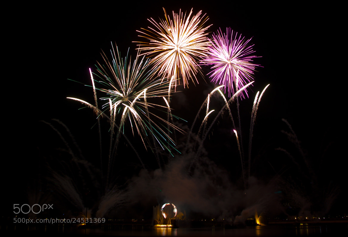 Photograph Fireworks at Epcot, Florida by Emma Samuel on 500px