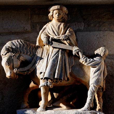 Saint martin Statue Lantenay, Nikon D300, AF Nikkor 70-210mm f/4-5.6D