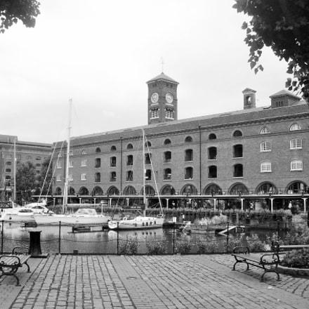 St. Kathrina's docks, Nikon E4200