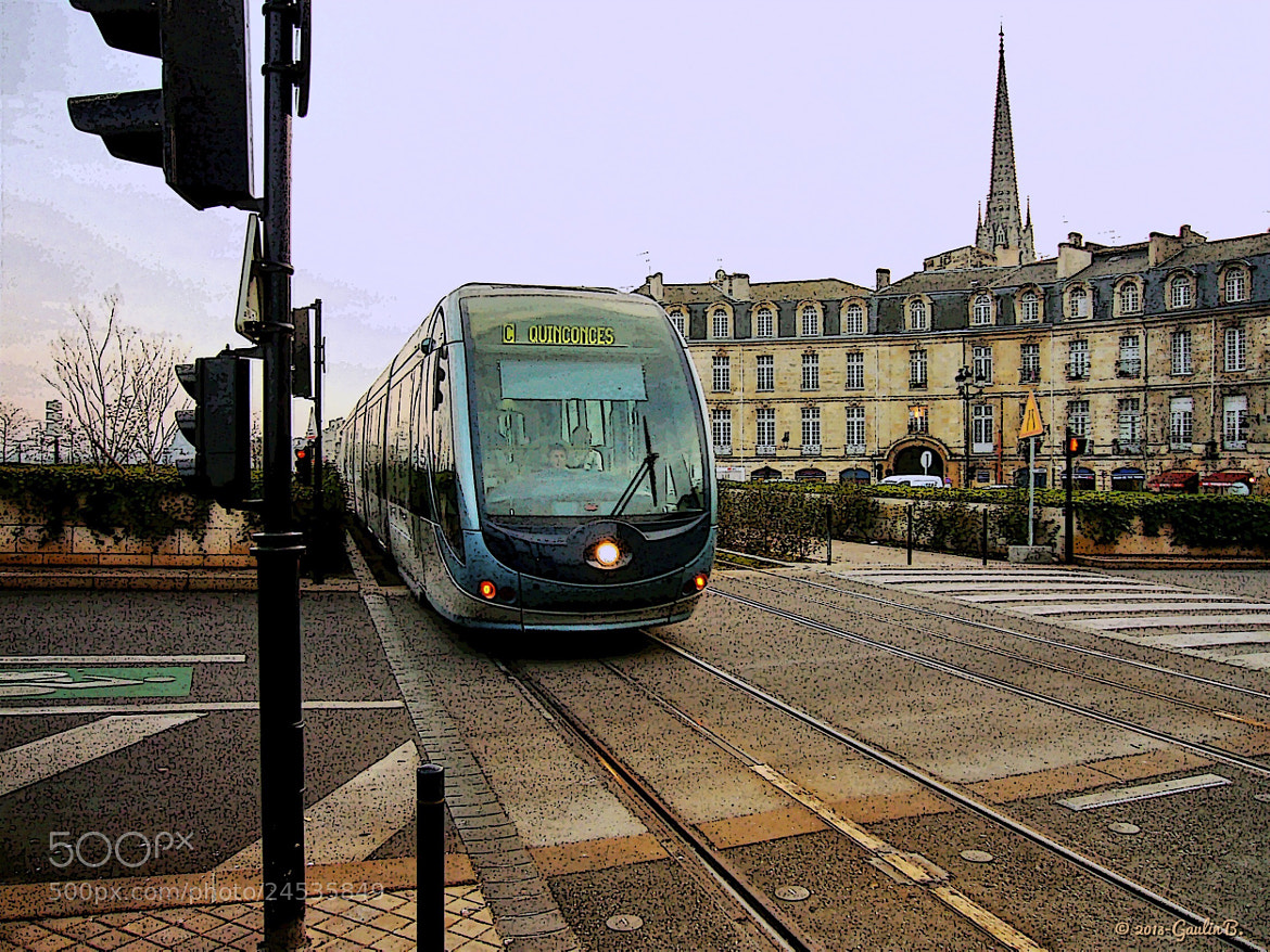 Photograph Tram a Bordeaux  by bruno Gaulin on 500px
