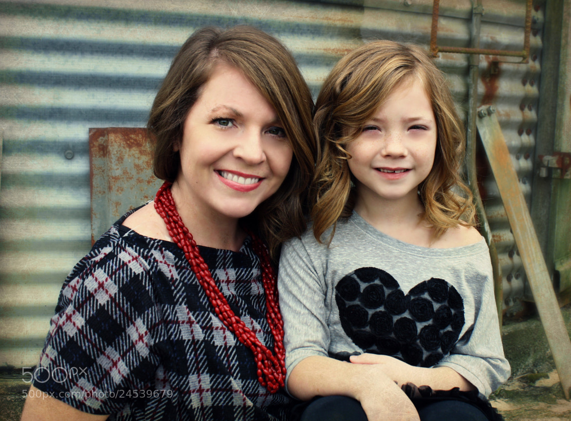 Photograph Mother and daughter by Courtney Knight on 500px