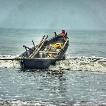 Floating Boat, Sony DSC-HX10V