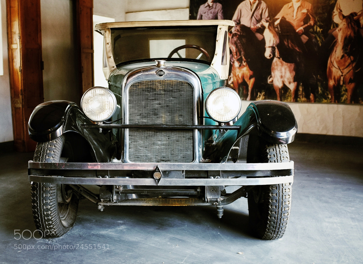 Photograph Old Car by Luisa Pinheiro on 500px