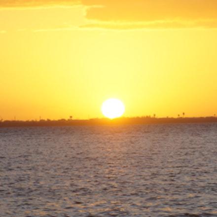 Bajando el sol, Sony SLT-A37, Minolta/Sony AF 75-300mm F4.5-5.6 (D)