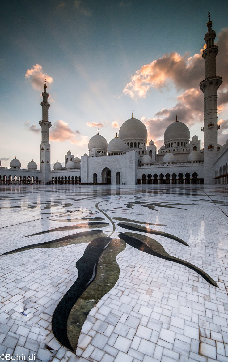 Photograph shaikh Zaid mousqe - abu_dabie - uae by bohindi abdulla on 500px