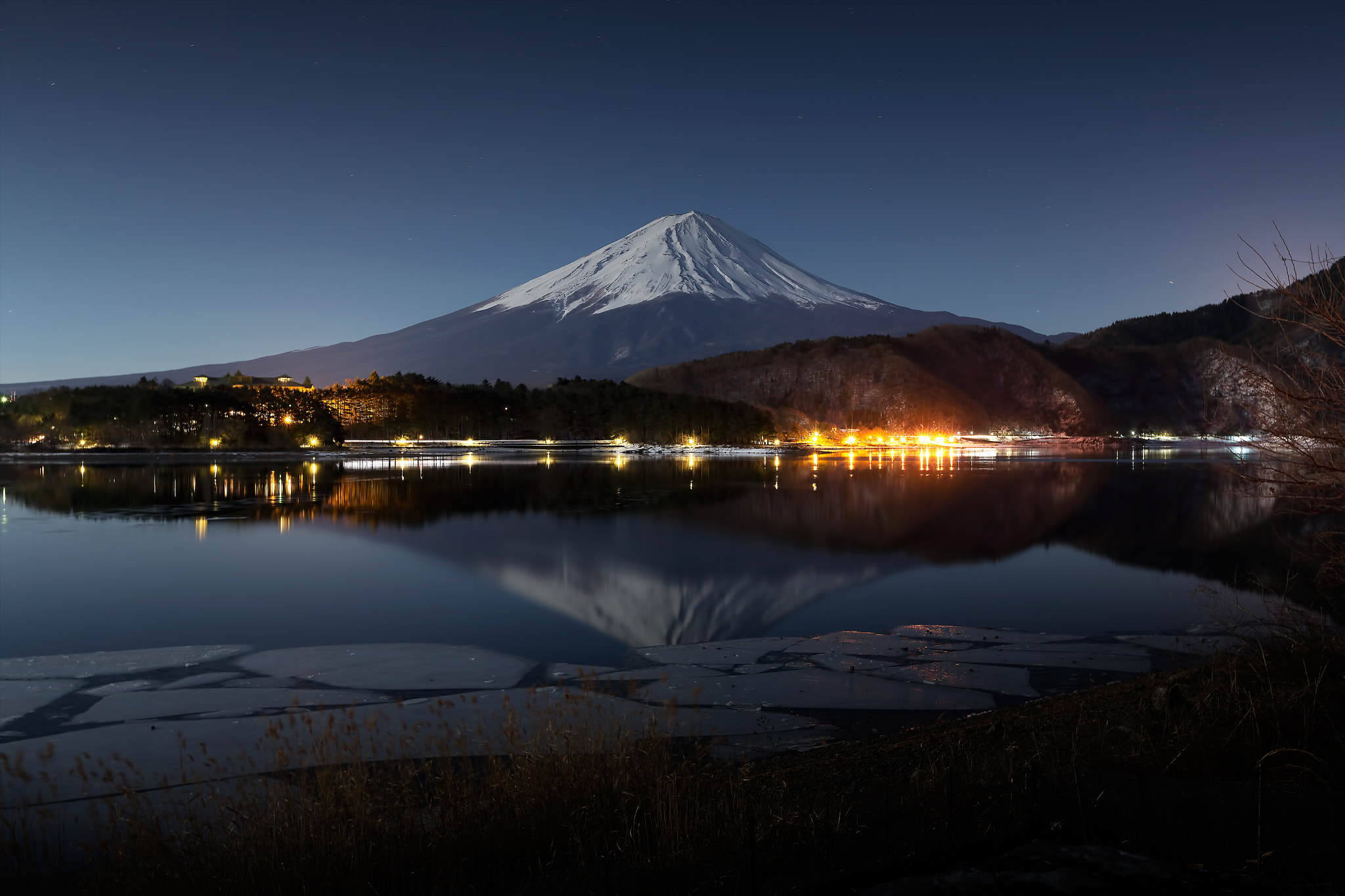Photograph Lake under the fullmoon by MIYAMOTO Y on 500px