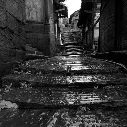 小雨中的老巷子