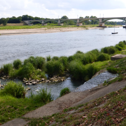 Nevers - railway bridge, Panasonic DMC-TZ36