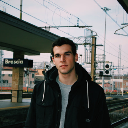 I, at Brescia train, Canon EOS 700D, Canon EF 50mm f/1.8