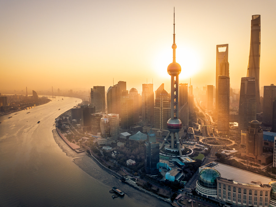 Pudong sunrise by Oscar Tarneberg on 500px.com