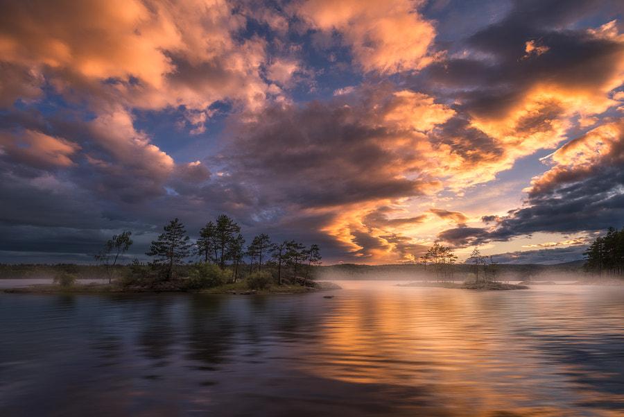 Summertime by Ole Henrik Skjelstad on 500px.com