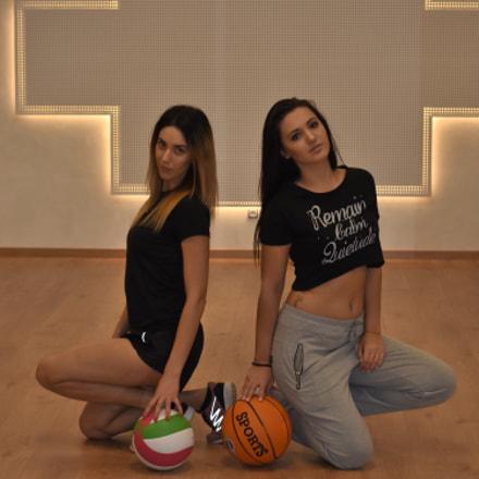 Sexy sport girls posing, Nikon D7200