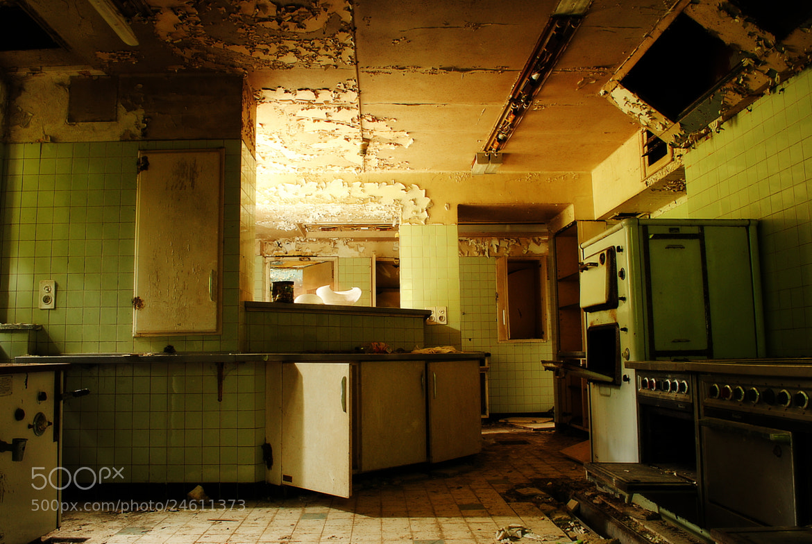 Photograph Noisy Kitchen by Yann VDM on 500px