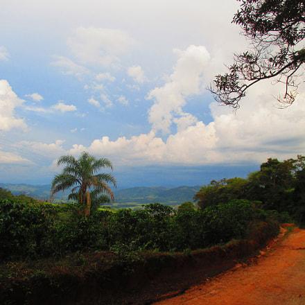 Minas Gerais countryside., Canon POWERSHOT ELPH 135