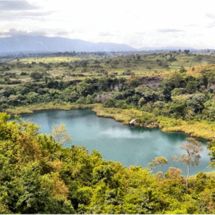 View from Kyaninga Lodge, Nikon COOLPIX P6000