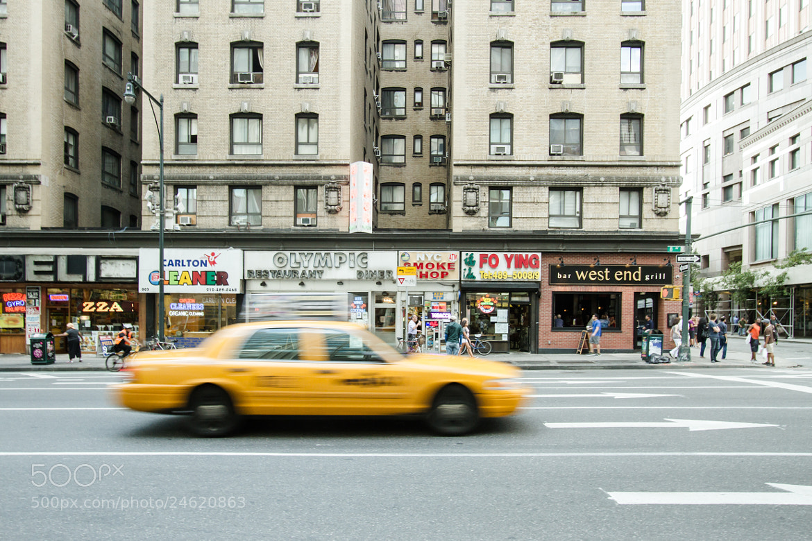 Photograph New York Street View by Philippe Siccardi on 500px