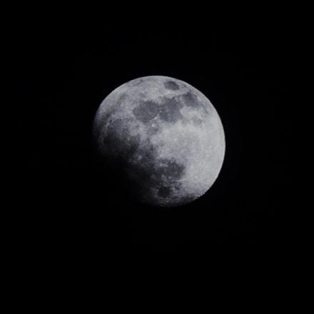 Luna, Fujifilm FinePix SL1000