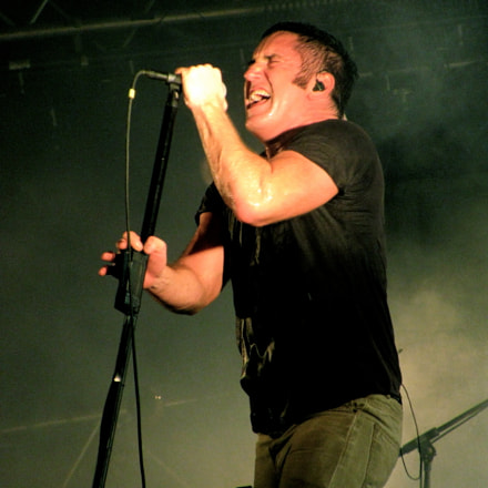 Nine Inch Nails, Canon POWERSHOT SX110 IS