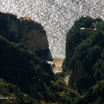 Spiaggetta in Costiera Amalfitana, Fujifilm FinePix S2000HD S2100HD