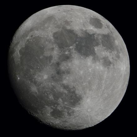 Moon, Nikon D3300, Sigma 150-600mm F5-6.3 DG OS HSM | C
