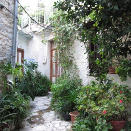 Street Garden, Canon IXUS 300 HS