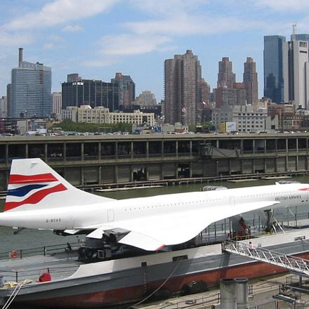 Concorde G-BOAD at Intrepid, Canon POWERSHOT S200