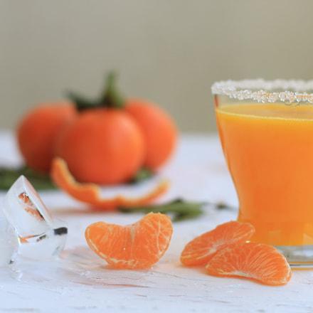 orange juice, Canon EOS 600D, Canon EF 50mm f/1.8 II