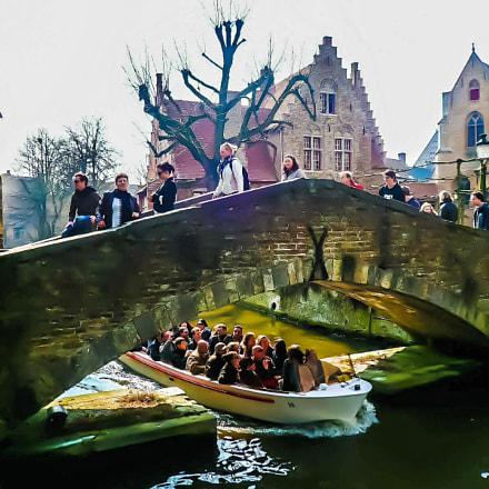 Boat in Bruges, Panasonic DMC-FX100