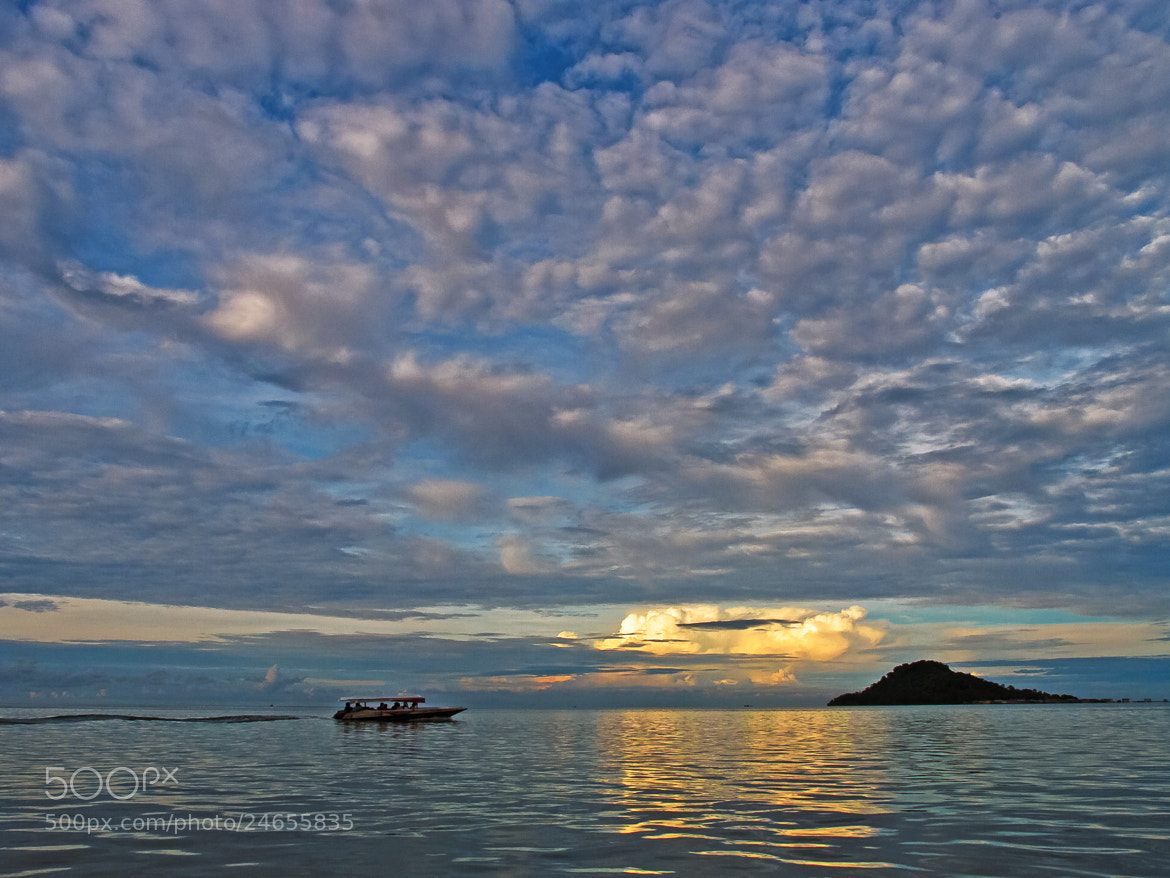 Photograph 时来云到。Upon rising cloud. by FaceChoo Yong on 500px