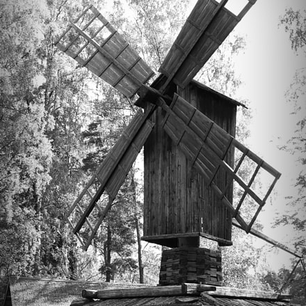 windmill, Canon EOS KISS X7I, Canon EF-S 18-135mm f/3.5-5.6 IS STM