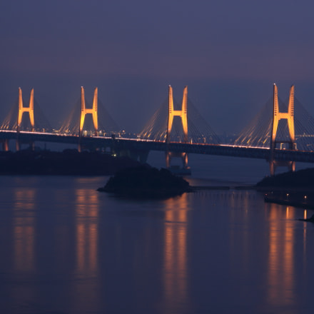The Great Seto Bridge, Canon EOS KISS X5, Sigma 70-300mm f/4-5.6 [APO] DG Macro