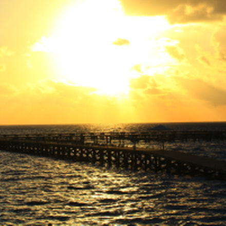 Sunrise in beach, Canon EOS DIGITAL REBEL XS, Canon EF-S 18-55mm f/3.5-5.6 IS