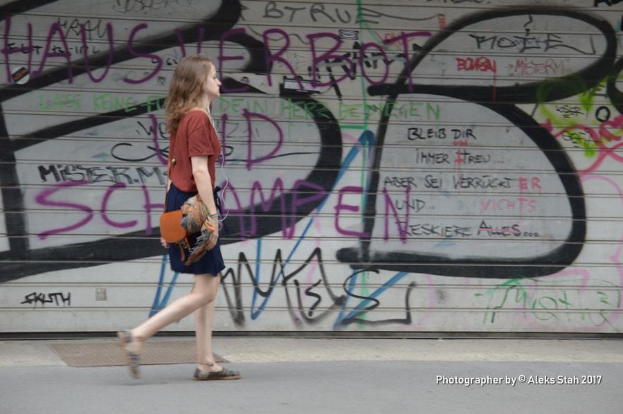 girl in motion, автор — Aleks Stah на 500px.com