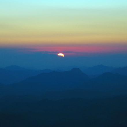 Sunrise on Sinai moutains, Canon POWERSHOT G6