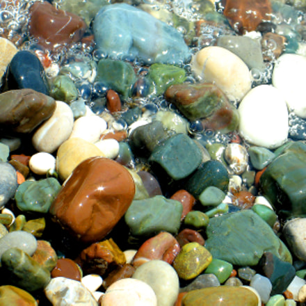 coloured sea stones on, Canon POWERSHOT G6