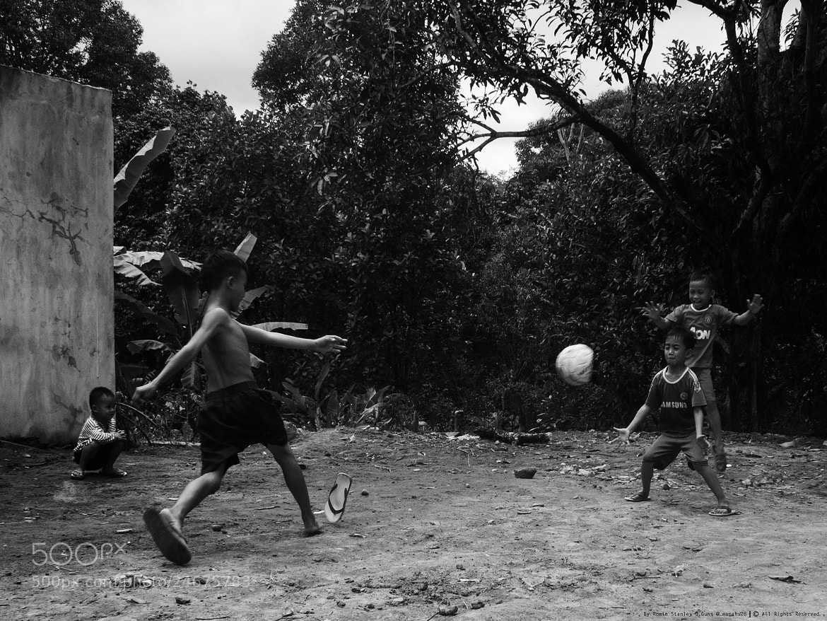 Photograph Football Crazy by Romie Stanley. D.Guns on 500px