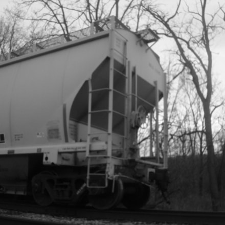 Train Car Grayscale.jpg, Sony DSC-W90