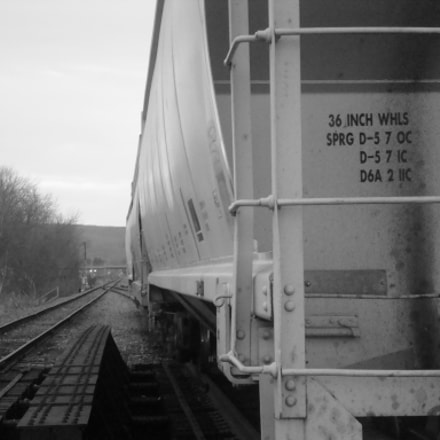 Train Car.jpg, Sony DSC-W90