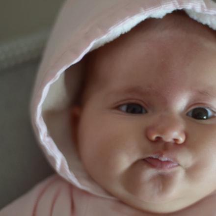 Baby portrait, Nikon D3100, AF Nikkor 50mm f/1.4D