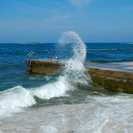 Wave, Nikon D70, AF Zoom-Nikkor 28-80mm f/3.3-5.6G