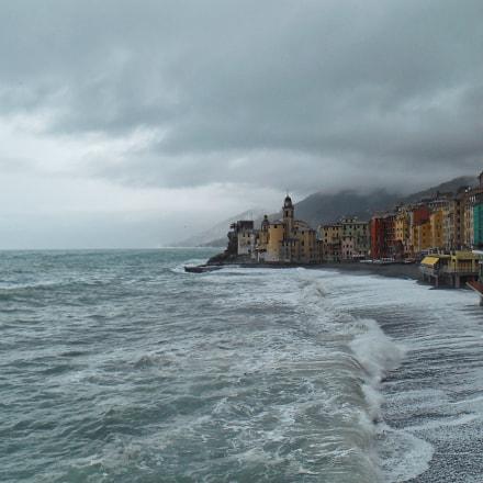 Stormy sea , Nikon COOLPIX S3500