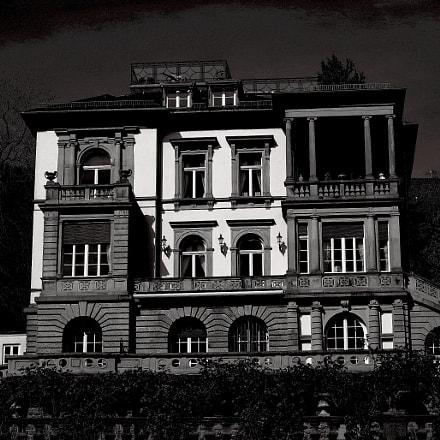 old villa, RICOH PENTAX K-1, Sigma 70-300mm F4-5.6 Macro