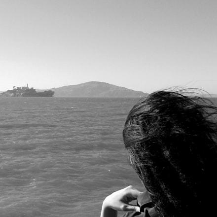 roseanna at alcatraz, Sony DSC-W510