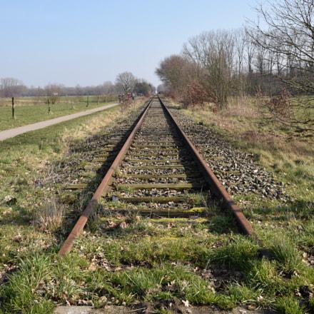 Rusty railway, Nikon D3300, Tamron AF 16-300mm f/3.5-6.3 Di II VC PZD (B016)