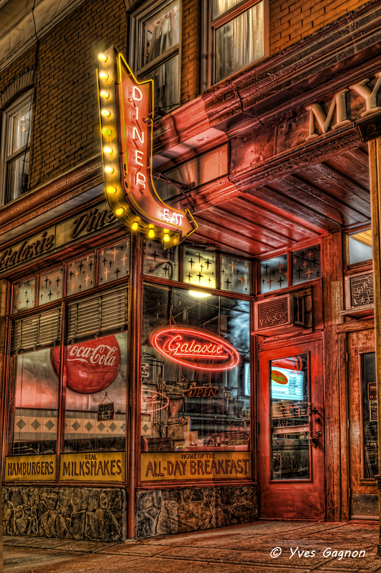 Photograph Diner by Yves Gagnon on 500px