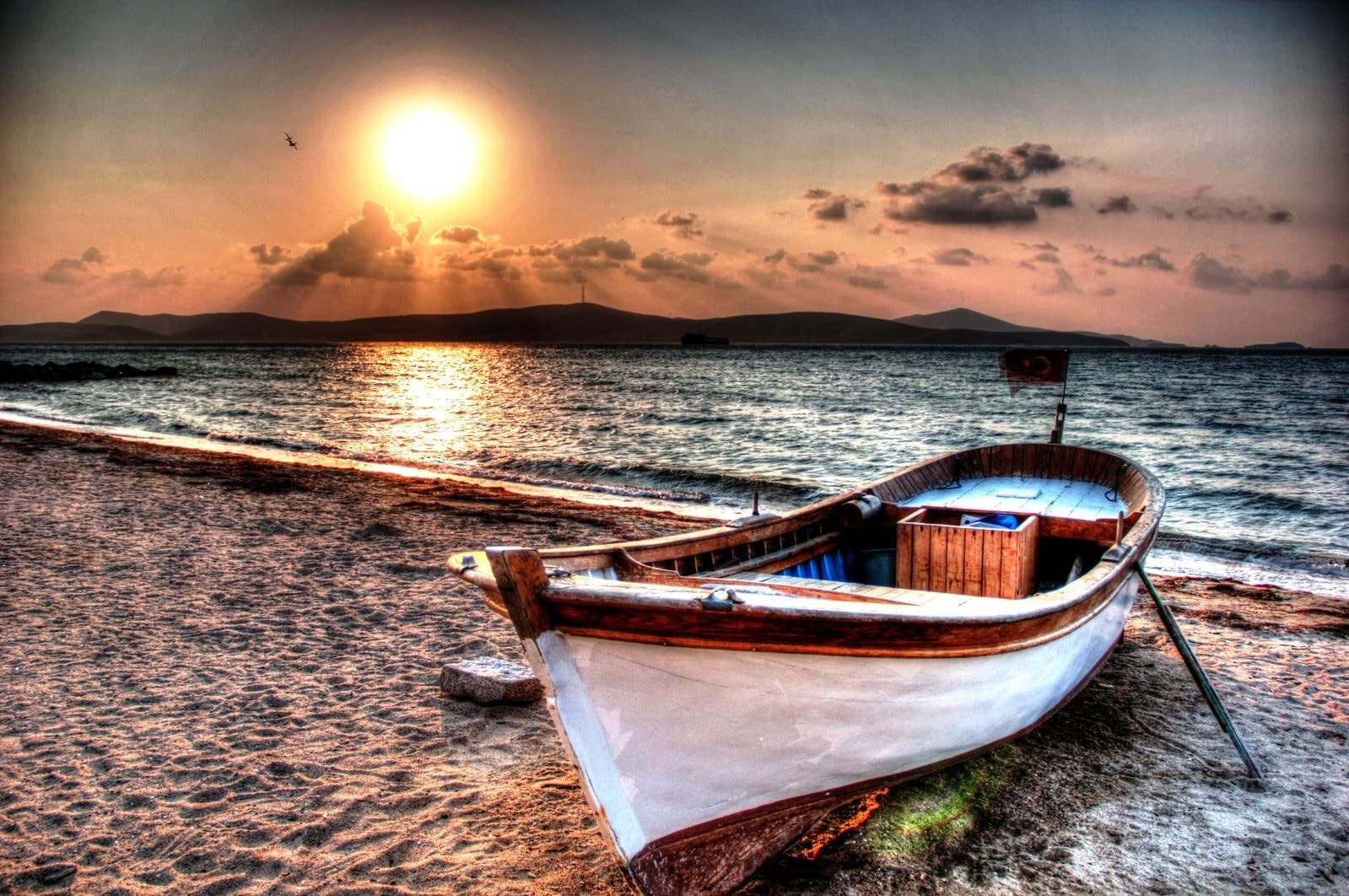 Photograph Lonely boat by Tanıl Esemenli on 500px