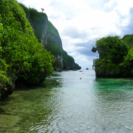 Tropical lagoon, Nikon E3200